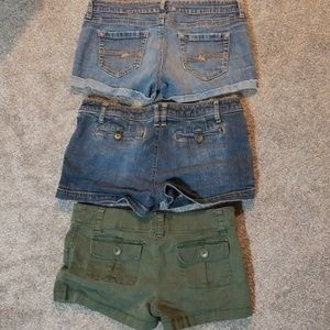 3 pros of Arizona Jean Co. Shorts